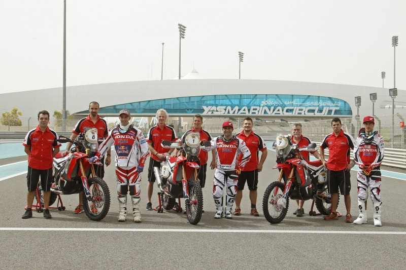 Team HRC starts the title defense in the World Championship in Abu Dhabi