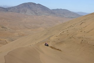 TeamHRC15_Atacama_goncalves_7777_ps