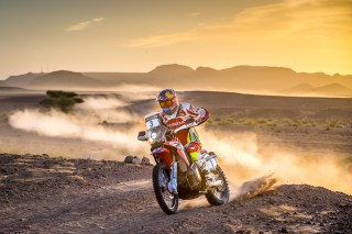TeamHRC15_r6_stage4_Barreda_10312_mc