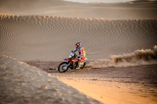 TeamHRC15_r6_stage4_Barreda_154036_mc
