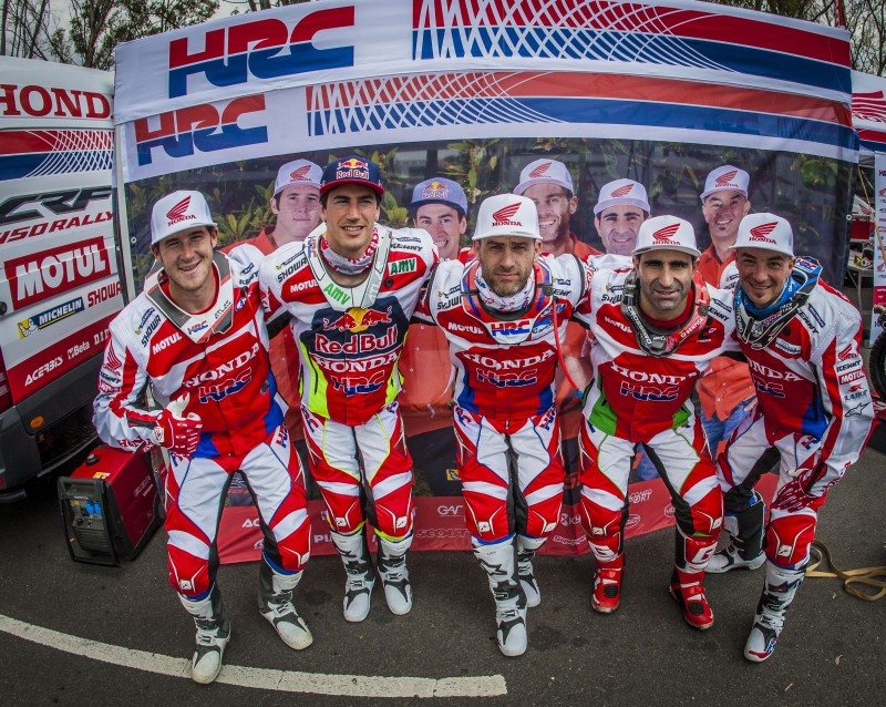 Showtime! Team HRC on the Dakar 2016 starting line