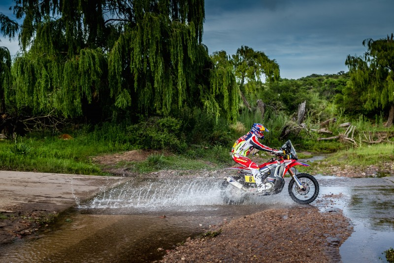 Team HRC riders make a swift start in the Dakar 2016