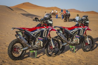 MZG16_CRF450RALLY_6260_ps