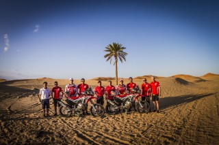 MZG16_TeamHRC_1794_ps