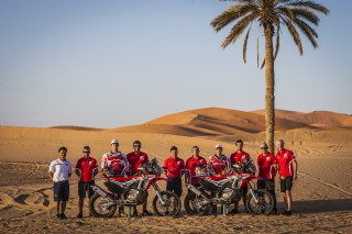 MZG16_TeamHRC_6265_ps