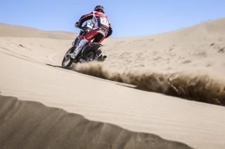 TeamHRC16_Atacama_Brabec_2823_rz