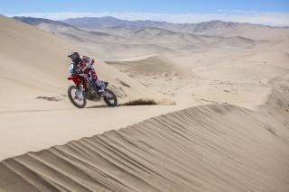 TeamHRC16_Atacama_Benavides_2680_rz