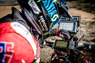 monsterenergyhondateam17_garmin_19018_mch_3600