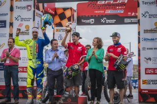 BajaAragon17_podium_3803_ps