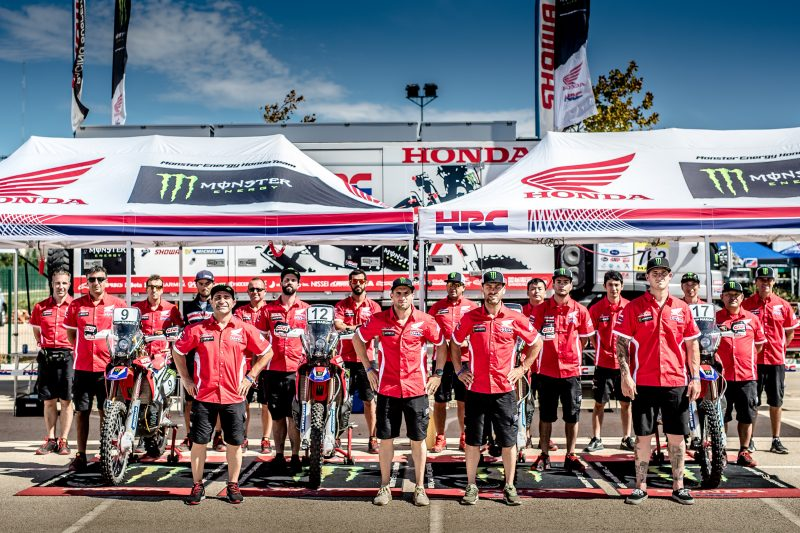Los pilotos del Monster Energy Honda Team arrancan el Rally de Marruecos con ritmo