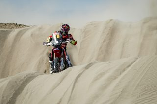 Dakar2018_Stage5__BAR0606_rz