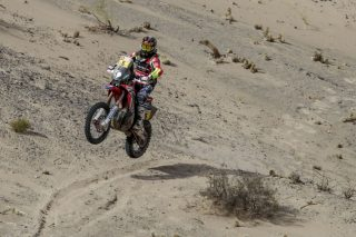 Dakar18_Stage11_BARREDA_BAR9846_rz