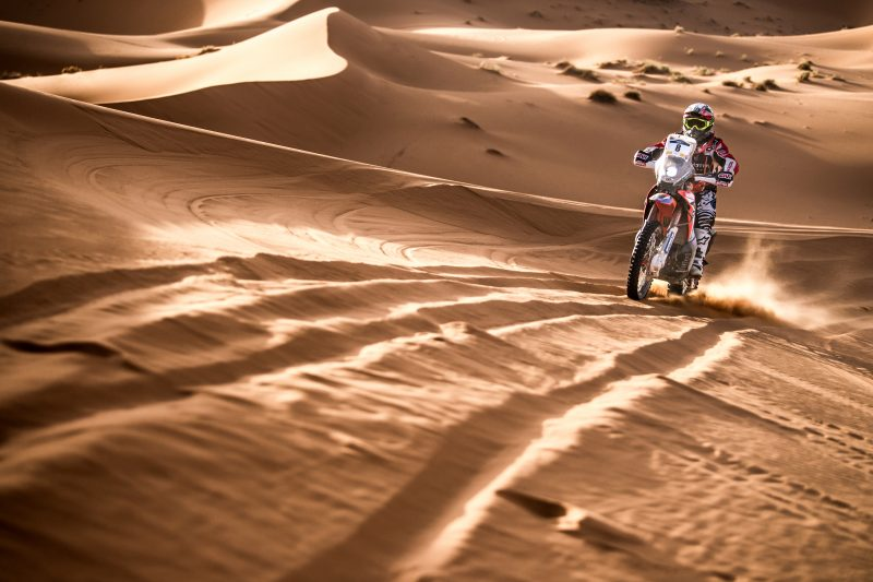Modification at Stage 4: Benavides wins the fourth stage and Barreda still Merzouga Rally leader with one day left
