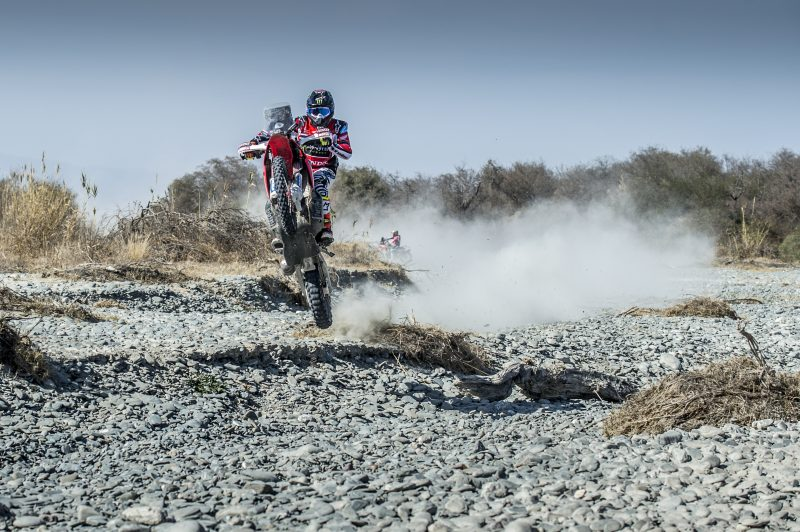 The Desafío Ruta 40 gets underway with Monster Energy Honda Team a candidate for victory