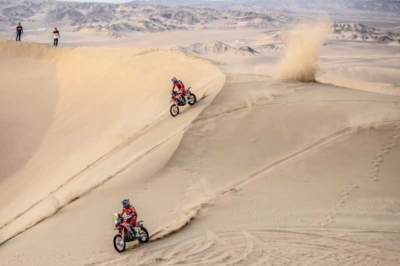 Nacho Cornejo takes a leap forward in the penultimate stage of the Dakar