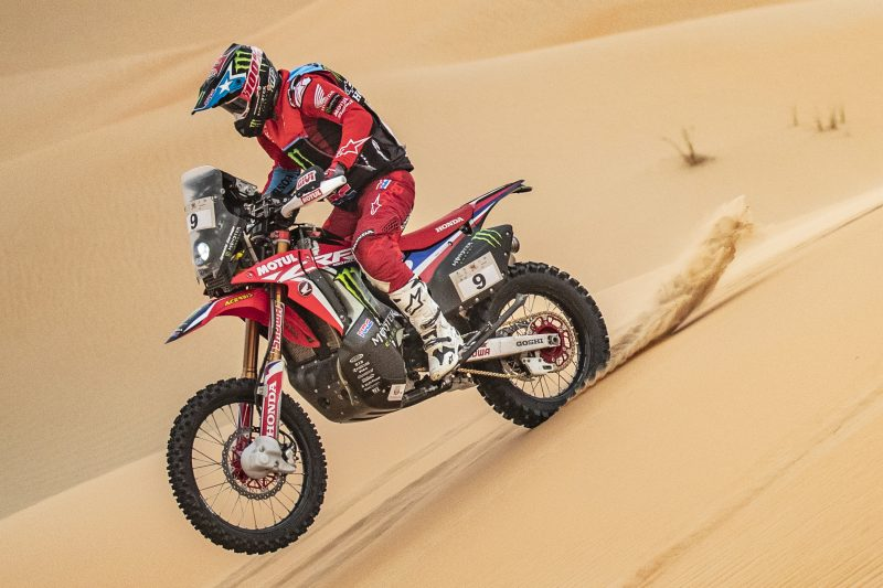 Second stage win in Abu Dhabi for Nacho Cornejo. Barreda, second