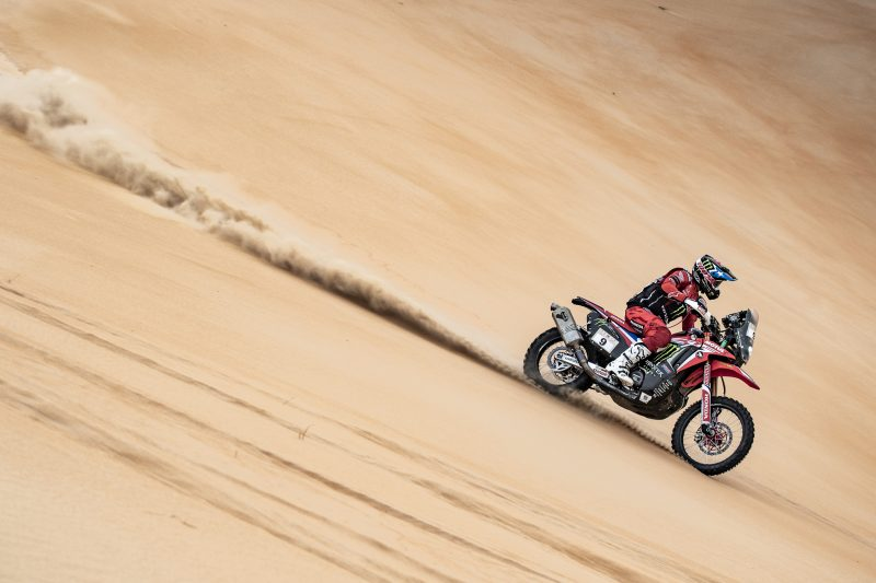 Final podium for Nacho Cornejo at the Abu Dhabi Desert Challenge