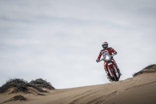 MEHT19_Atacama_stage3_Cornejo_4721-2_rallyzone