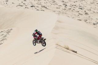 MEHT19_Atacama_stage5_Benavides_0058_rallyzone
