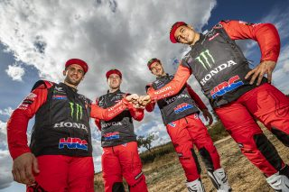 MonsterEnergyHondaTeam_Dakar2021_Team_10826_rallyzone