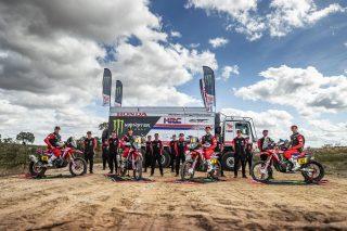 MonsterEnergyHondaTeam_Dakar2021_Team_10858_rallyzone
