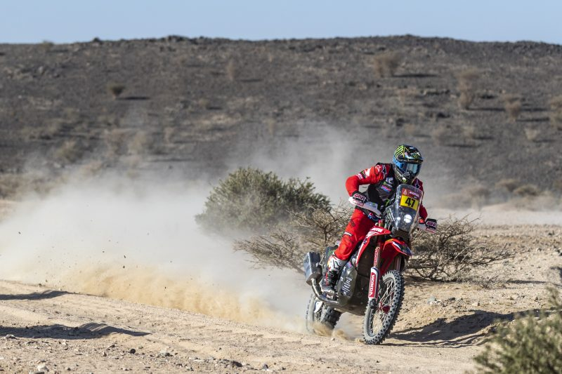 Runner-up spot for Kevin Benavides in the first stage of the Dakar Rally