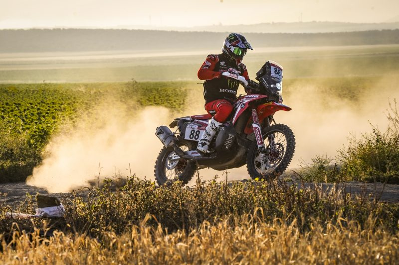 Barreda, quickest in stage 3, leader with one stage left to run