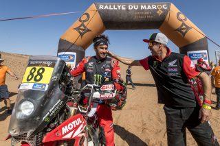MEHT21_Morocco_STAGE 5_FINISH LINE_0296_rallyzone